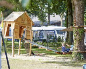 Camping mit Hallenbad